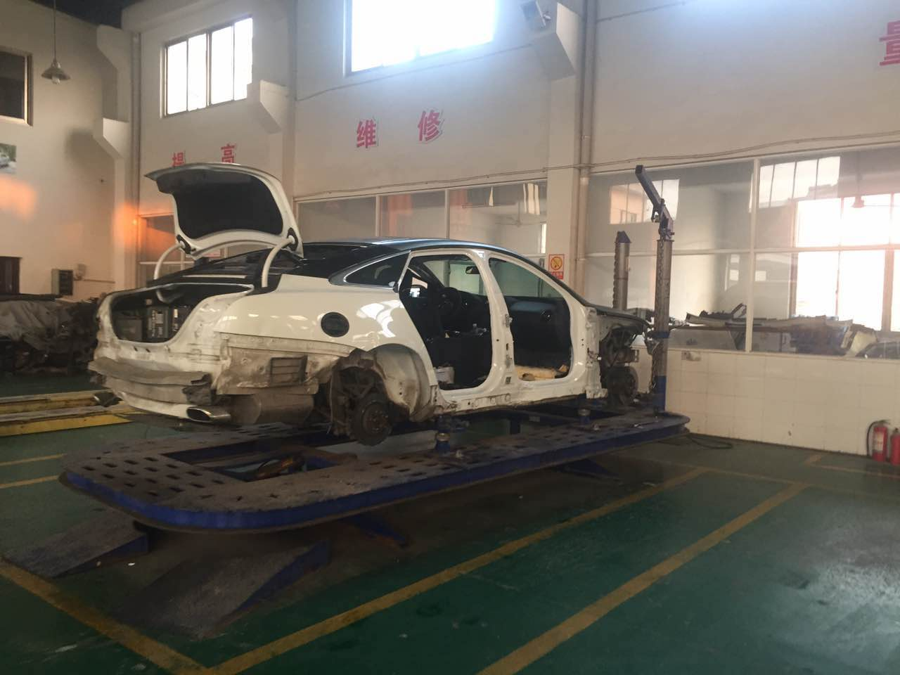 B30S auto body collision repair systemframe machine
