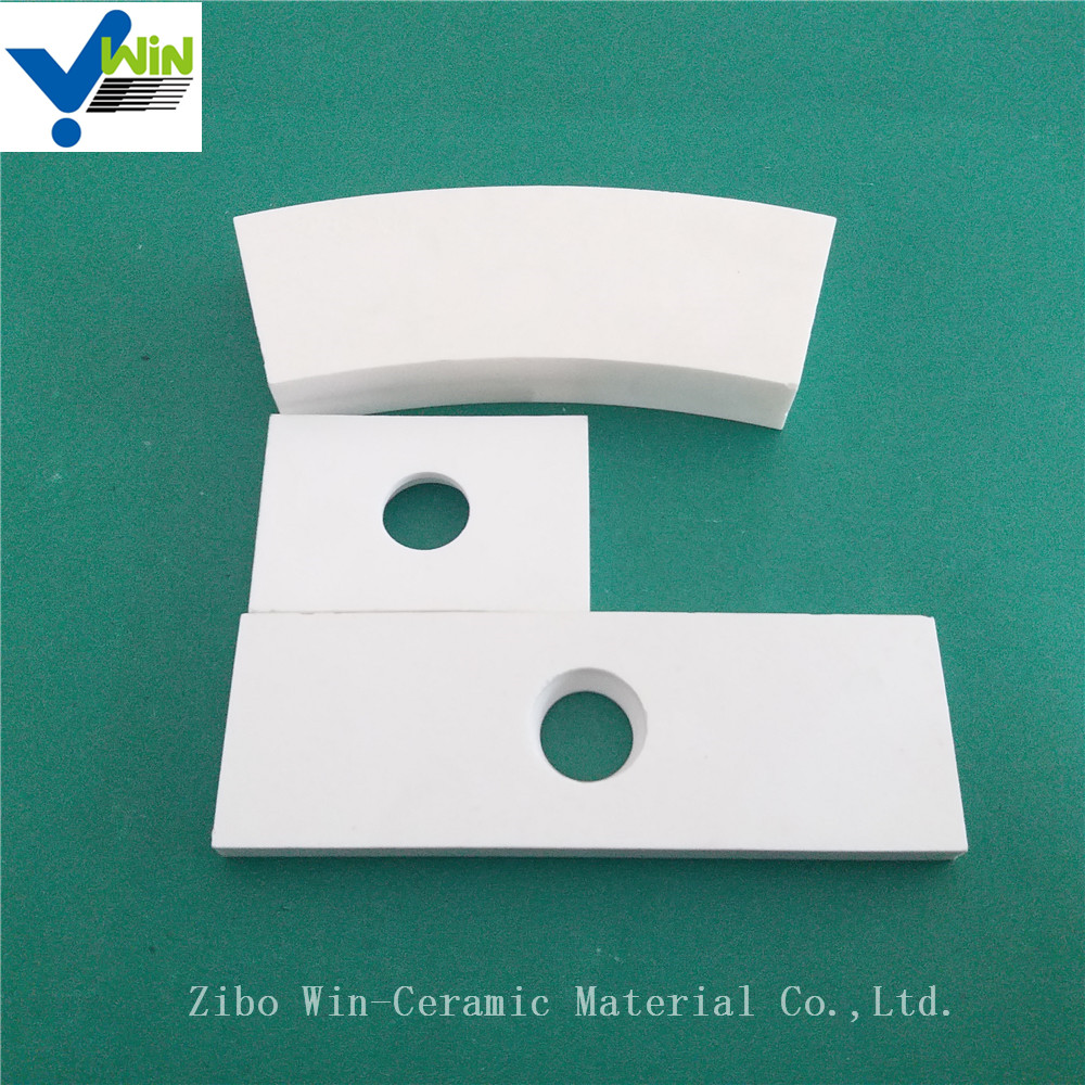 Wear resistant ceramic alumina tile packaging