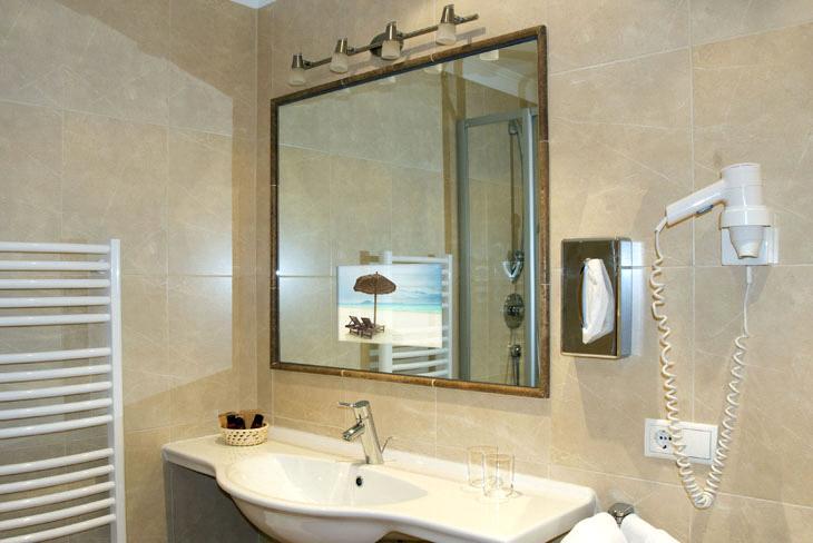 Wonderful Ilse Crawford Hong Kong Bathroom Stone Brass Faucets
