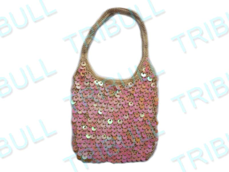 Amazon.com: CROCHETED BEADED TOTE BAG & MATCHING CLOCHE HAT - 2