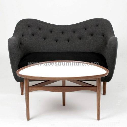 Replica modern classic furniture finn juhl sofa model 4600 for Designer sofa replica