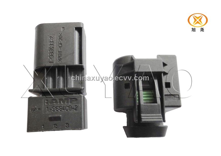 Tyco Auto connector for BMW AMP525201
