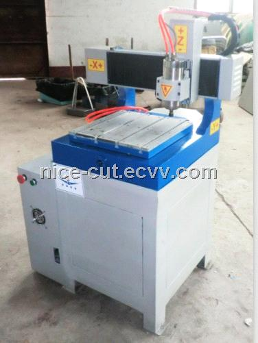 Mini Hot Sale Advertising CNC Machine for Acrylic Wood/Cutting Machine