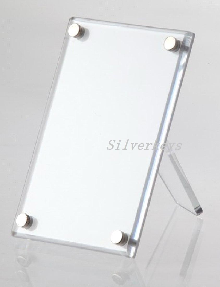 Plastic clear poster frame 8 1/2 x 11