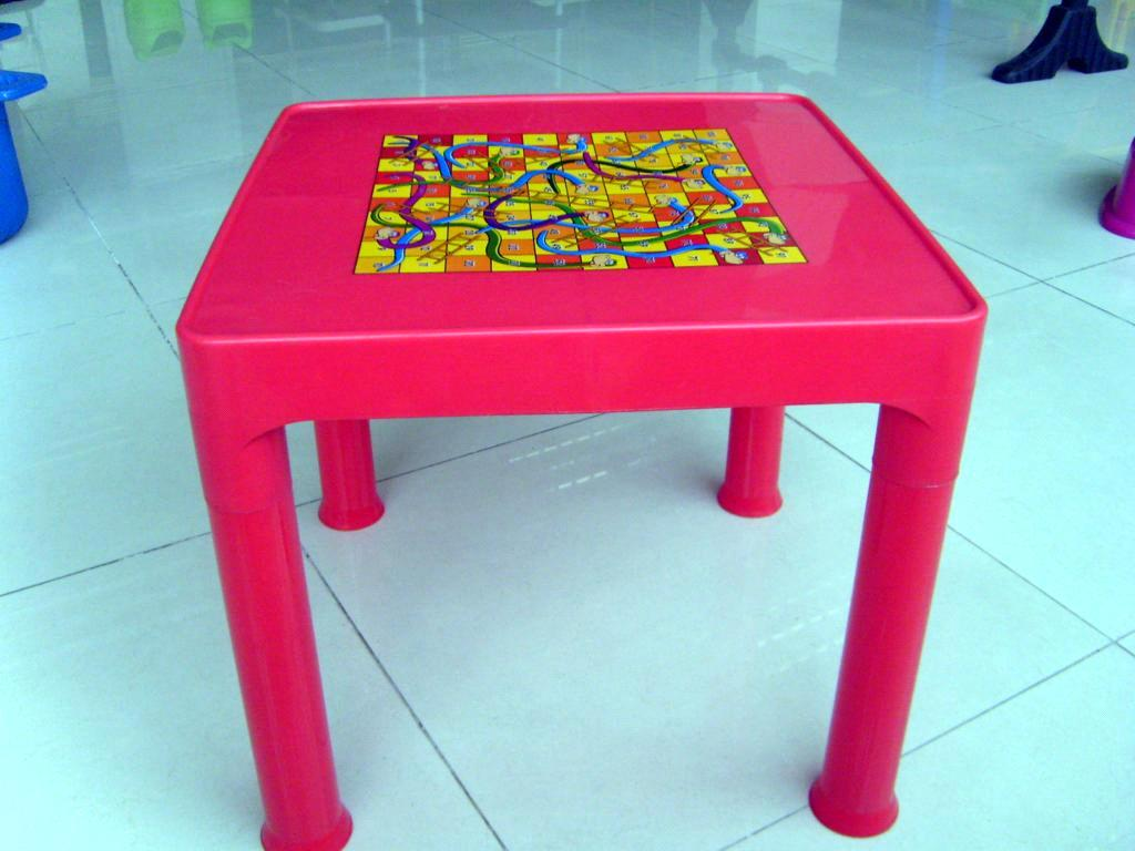 Plastic Desk And Table For Kindergarden Plastic Chairs School Chair And Desk Plastic Furniture