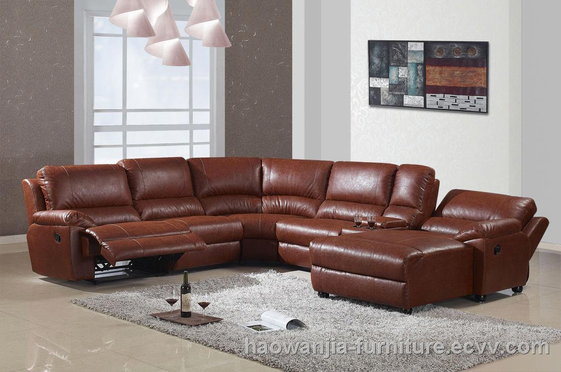 Latest Living Room Leather Sectional Sofa With Recliner
