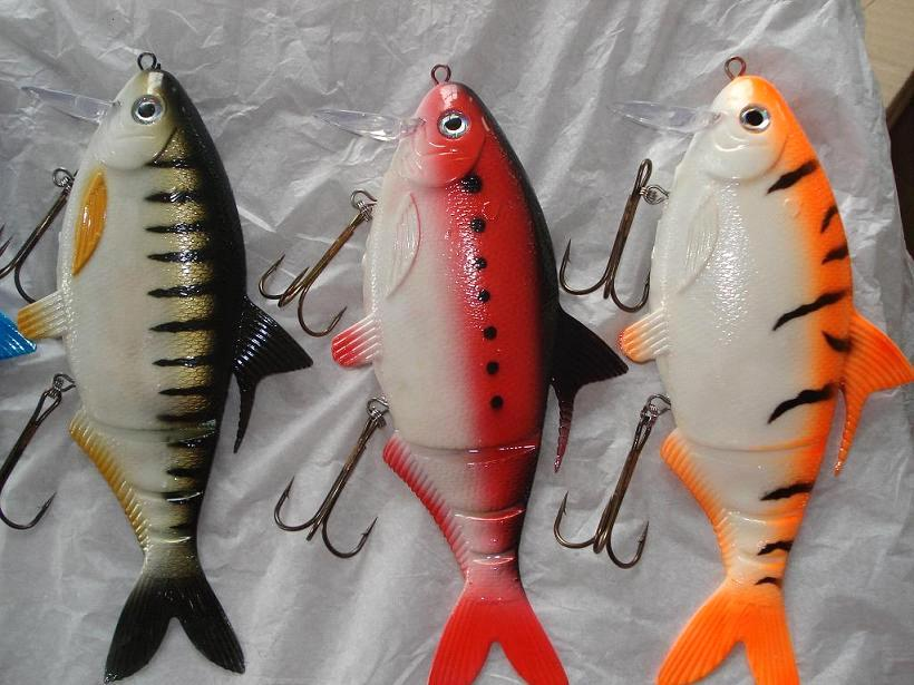 Fishing lure hard lure soft lure frog spoon spinner for Rubber fishing lures