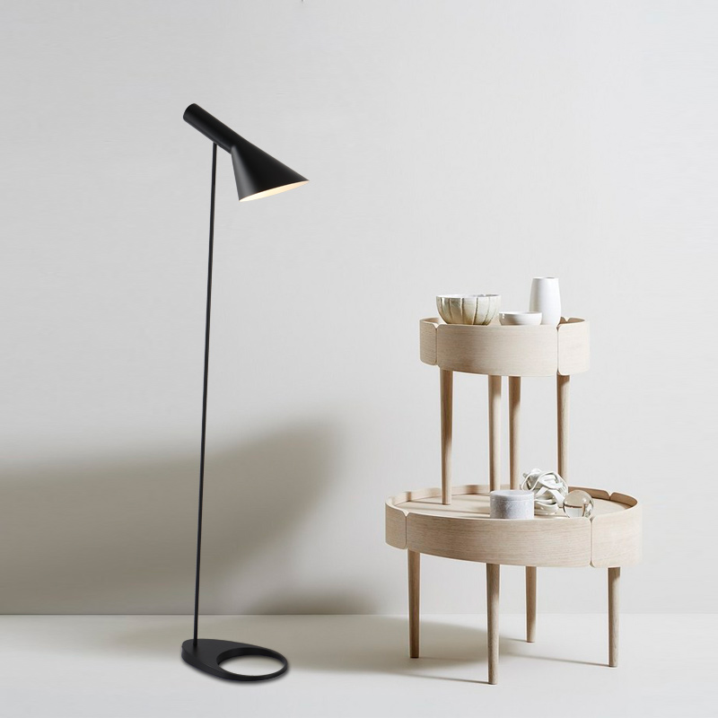 AJ-Floor-Lamp-E27-Black-White-Arne-Jacobsen-Louis-Poulsen-Metal-Stand-Floor-Lights-For-Living