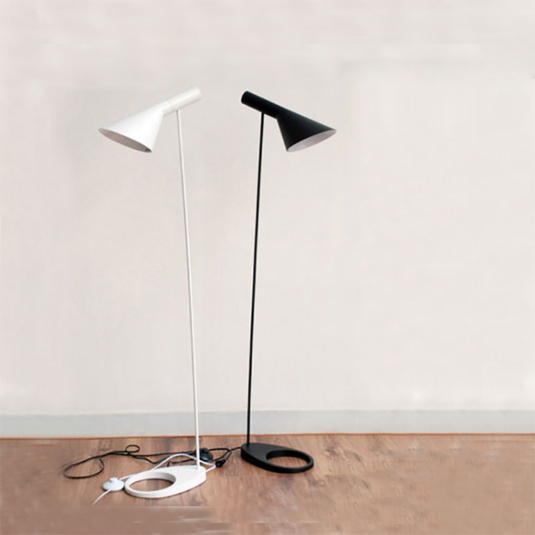 AJ-Floor-Lamp-E27-Black-White-Arne-Jacobsen-Louis-Poulsen-Metal-Stand-Floor-Lights-For-Living (3)