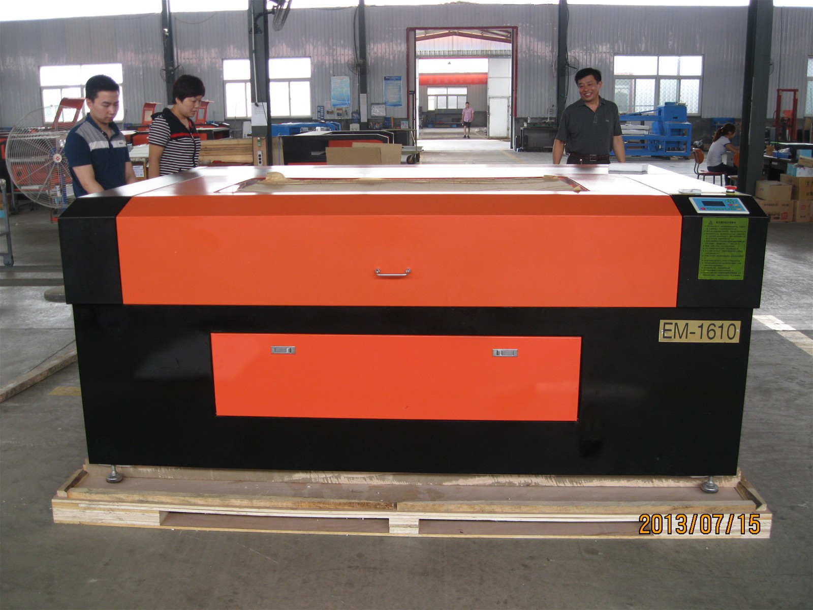 1600*1000mm Acrylic Laser Cutting Machine