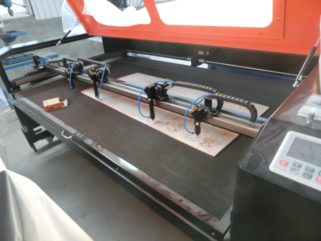 High speed multi heads Co2 Laser wood Engraving cutting Machine RF--6090-co2-80w