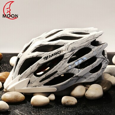 Bicycle Helmet, PC Shell, High Density EPS, 24 Air Vents, With Back Light, CE Certificate