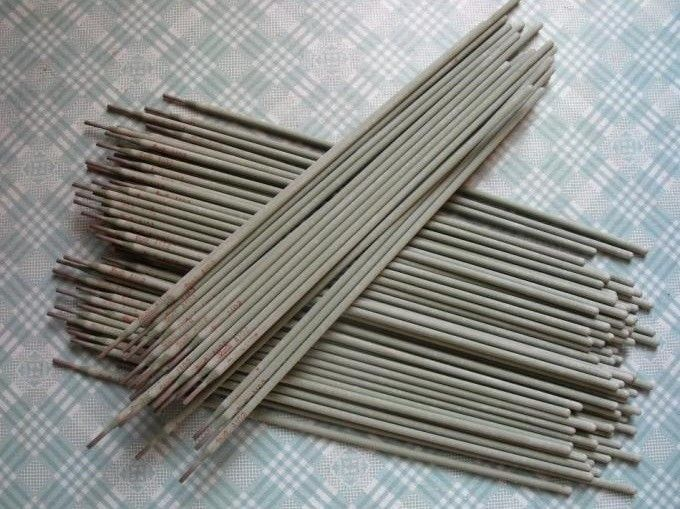 Low Hydrogen Electrode Carbon Steel Welding Electrode For