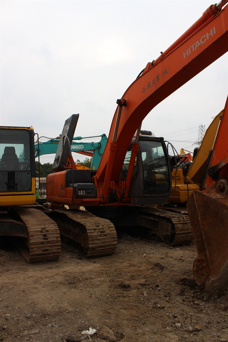 USED ORIGINAL HITACHI EX200 EXCAVATOR//USED CRAWLER EXCAVATOR FOR SALE