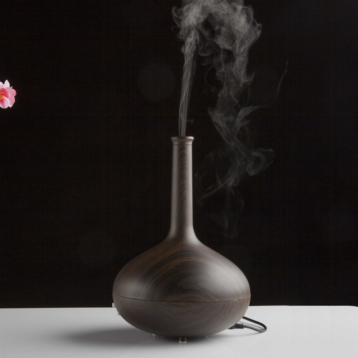 Mini humidifier with ABS   PP materials like a aroma diffuser (Smile 2  #A22939