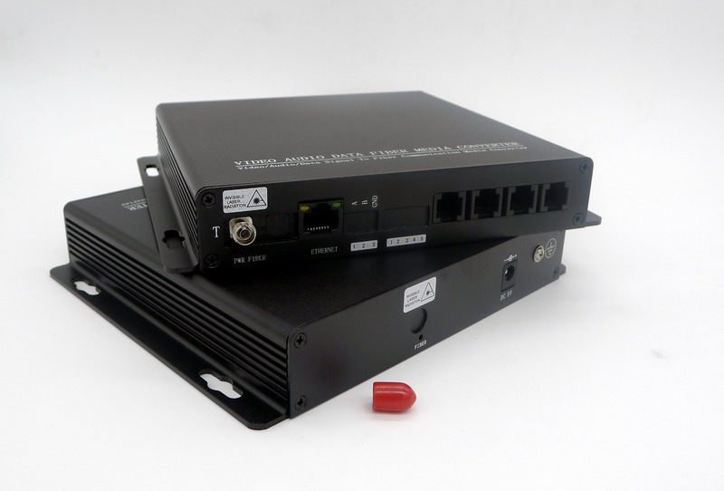 Optical Fiber Monitor : Telephone with ethernet to fiber optic multiplexers