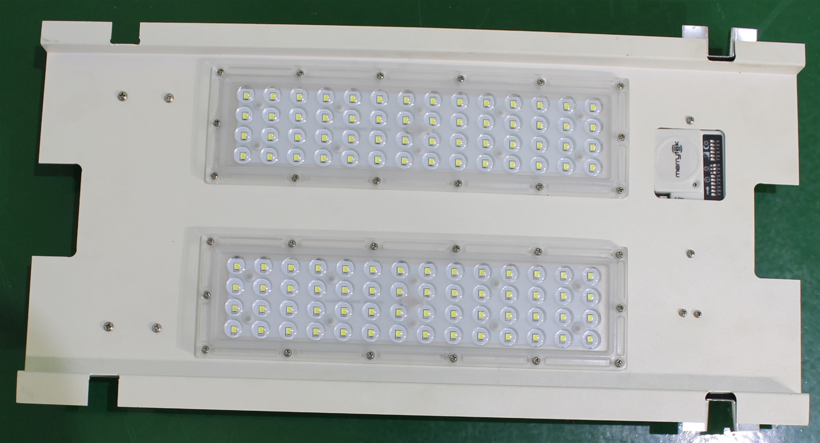 Europe LED gas station lighting retrofit 60w LED replace 150w MH ...