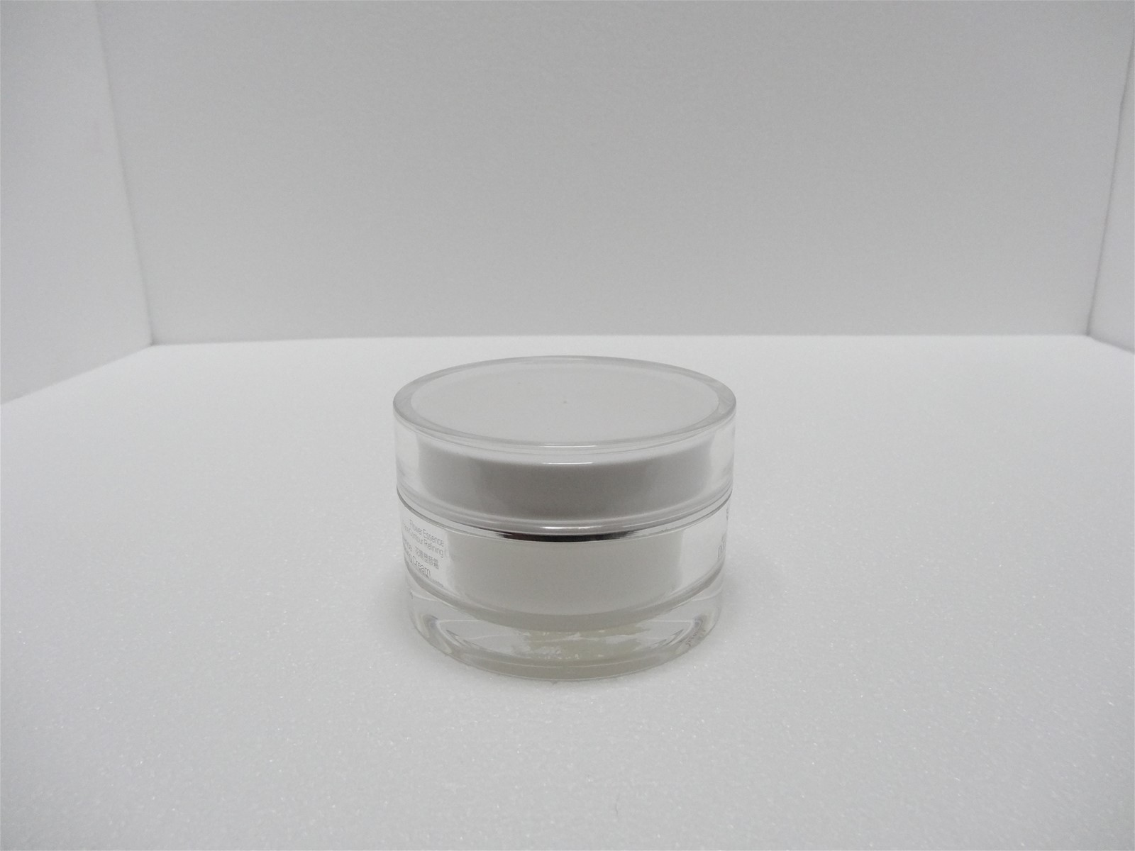 2016 Hot sell 120ml Essential Oil Gel Acrylic Empty Jar