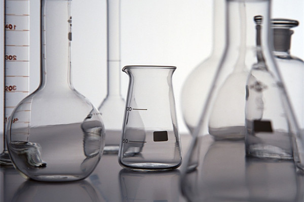 1101 series Low Form Glass Beaker with Graduation and Spout Low Form Laboratory Glassware