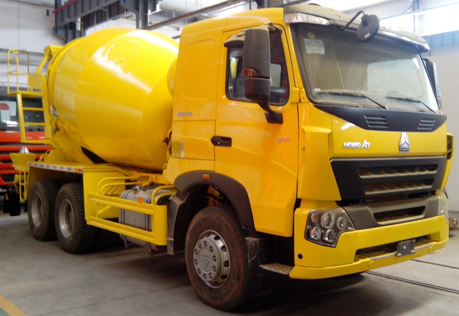 Sinotruk HOWO Concrete Mixer Truck 16cbm ZZ5317GJBS3267W