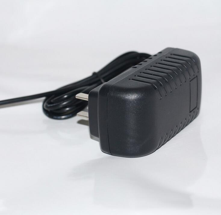 USA Plug18V 1A ACDC Switching Adaptors100240VAC 18W