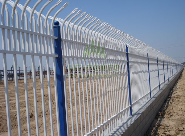Bent Top Fence China manufacture