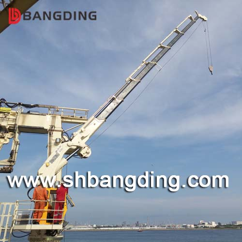 BANGDING hydraulic telescopic knuckle boom marine deck crane for ship