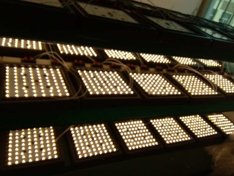 20W LED Wall lamp 270mm sqaure shape IP65 waterproof SMD chip 85265VAC 6000K
