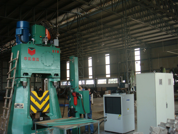 075Tons Electro Hydraulic Die Forging Hammer in India For Hand Tools Forging
