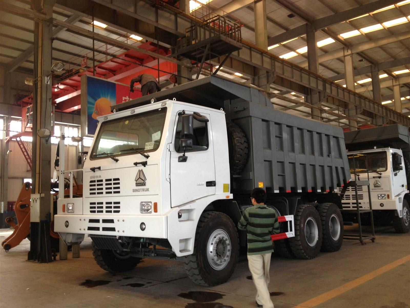 Sinotruk HOWO 60t Mining Dump Truck ZZ3167M3511ZZ3167N3511