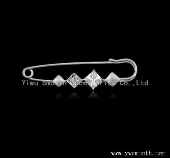 Fashion Jewelry Rhinestone Garment Brooches Decoration Lapel Shawl Pin Pendant