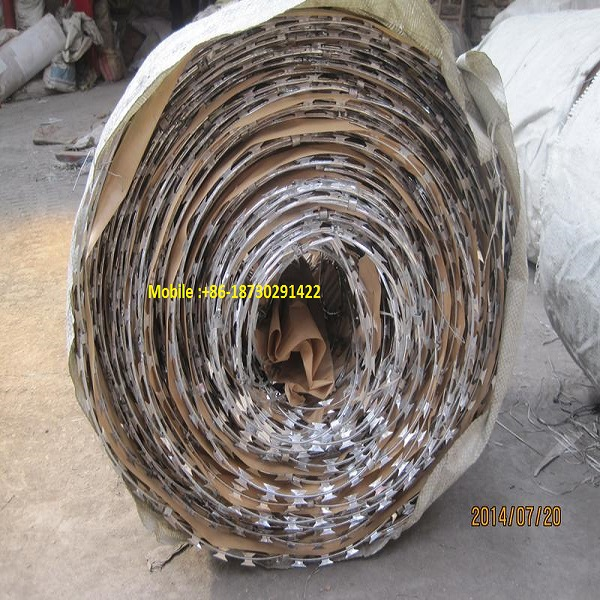 450mm600mm900mm 960mm980mm coil diameter fencing concertina wire roll