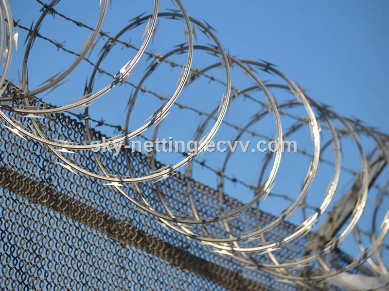 CBT65 galvanized razor barbed wire