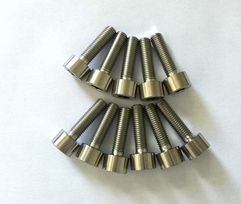 DIN912 gr2 gr5 titanium bolts for industry