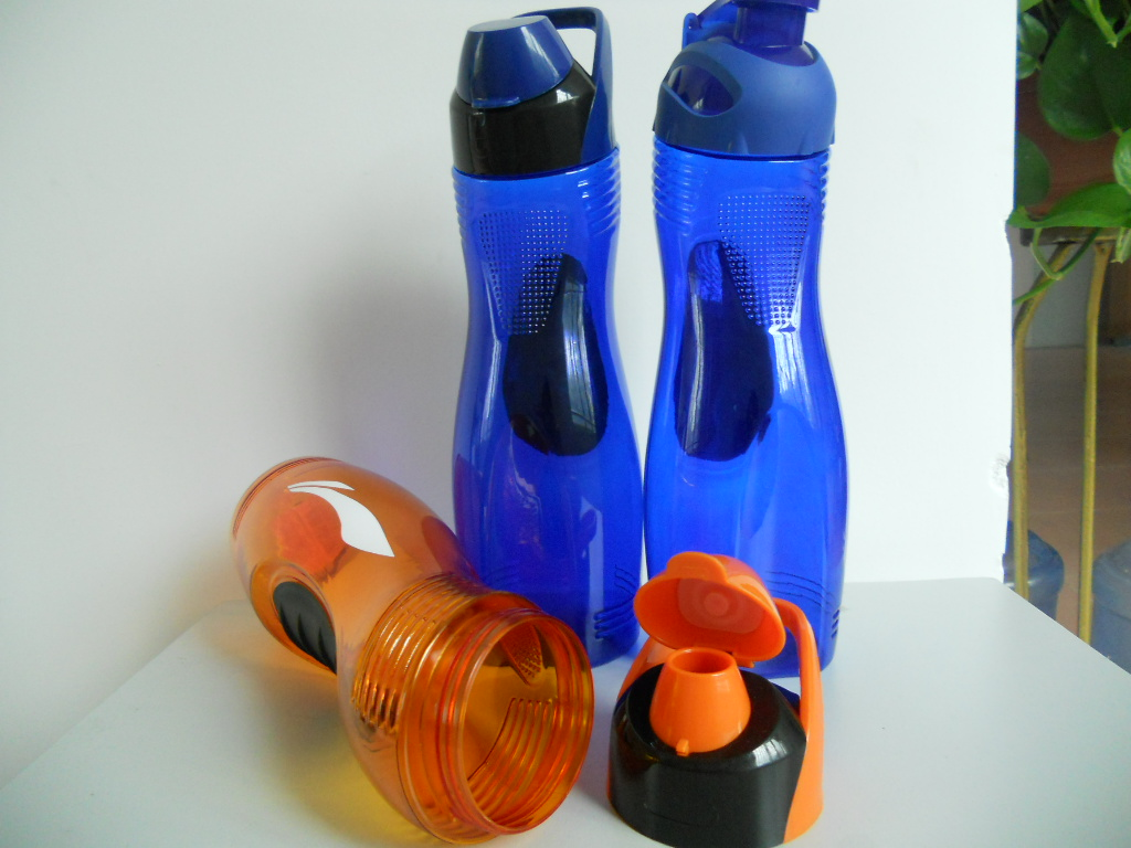 promotional S shape plastic PVC sports water bottle PP water bottle