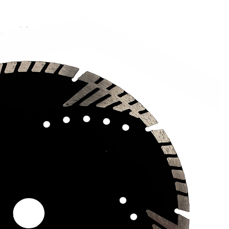 Hot pressed protectedteeth saw blade for Cutting stone concrete and abrasive materials