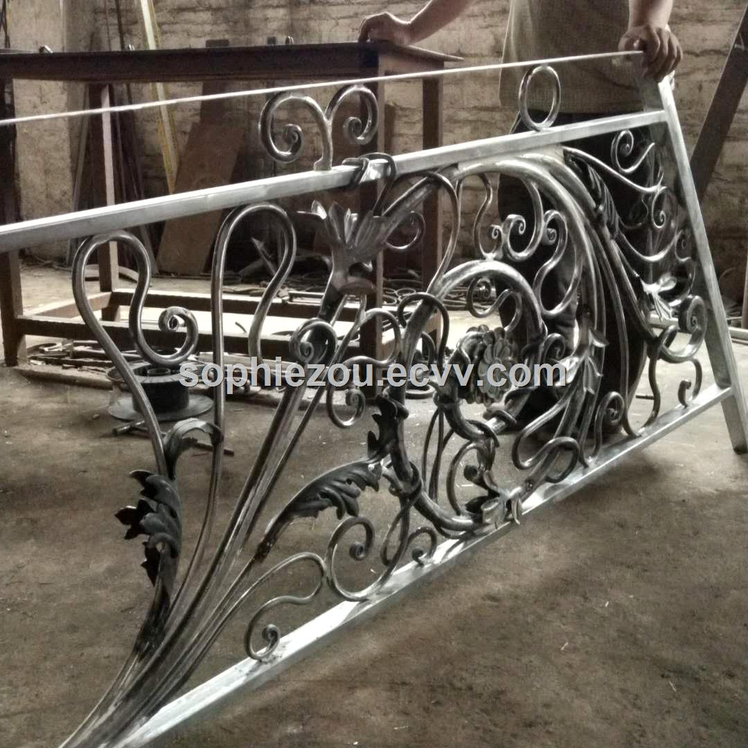 Chinese factory wrought iron fence EBF208 high quality garden fencegood price security fencinghandforged iron rail