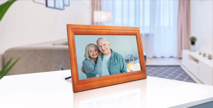 HDgenius 13 inch large picture frame WiFi HD IPS Panel touchscreen iOS Android APP Real Wood Smart Frame