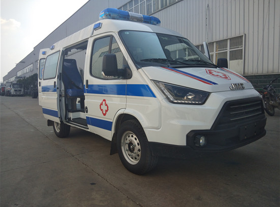 High medical equipment automobile emergency vehicle rescue vehicle