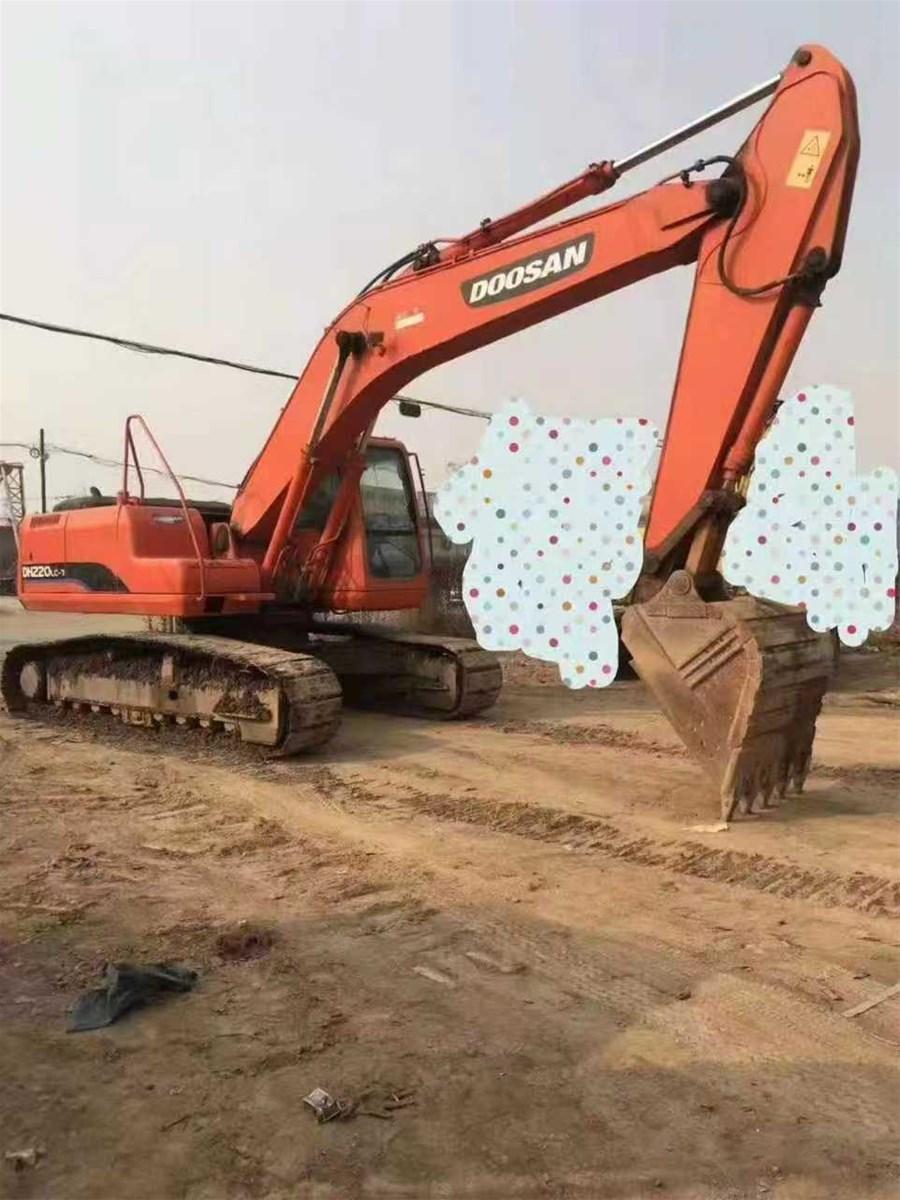Used Doosan 20 tons excavator DH220LC7
