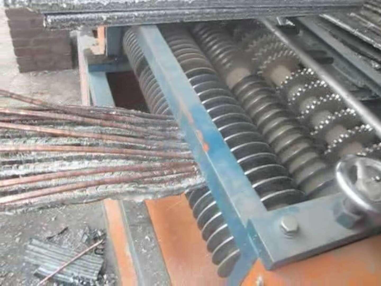Auto and air conditioner radiator dismantling machine