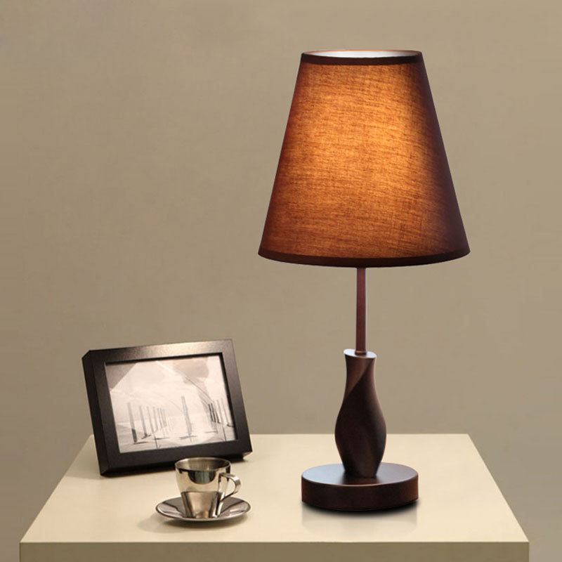 Simple modern wood cloth table lamp hotel home can be used remote control can also do decorations