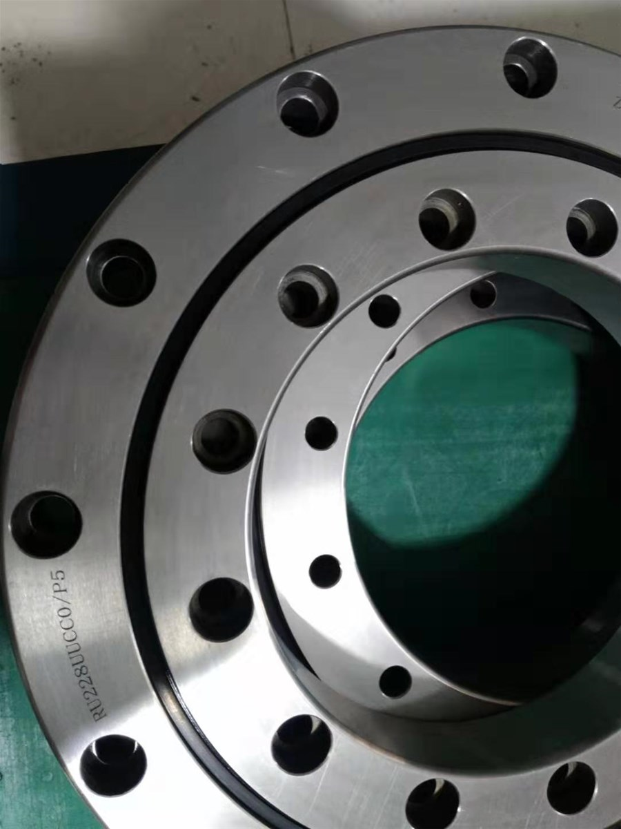 Cylindrical Roller Bearing from 30mm to11000mm for many industries