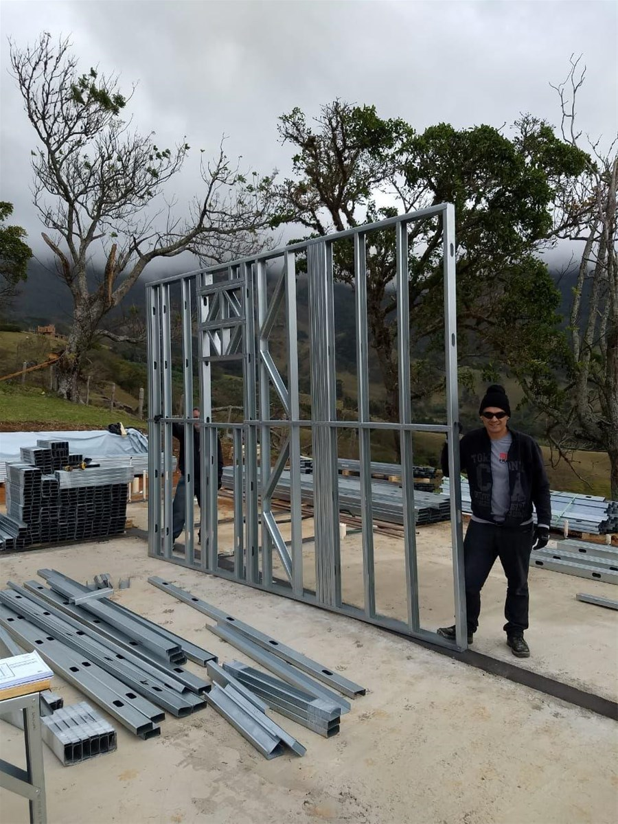 Light Steel Structure Keel Modular Prefabricated House and Villa Roll Forming Machine Price