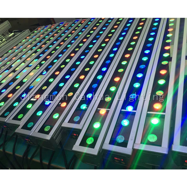 SUNKING 1200MM Linear Landscape Outdoor Ip65 361W 36W RGB LED Wall Washer with DMX512 Address Display