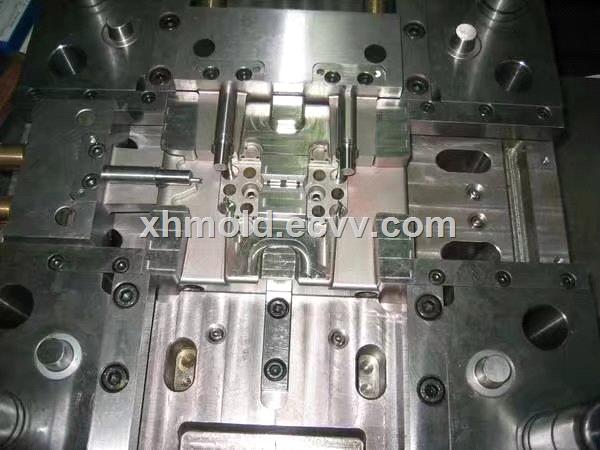custom plastic hot runner injection moulds mold toolingmoulding
