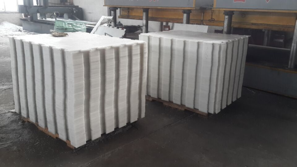 self lubricating and easy moving uhmwpe plastic synthetic ice panel sheet 1000mm x 1000mm