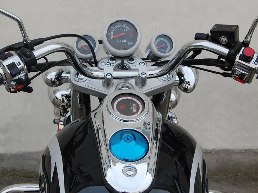 Supply Cruiser Motorcycle CZM150E with 150cc 250cc engines