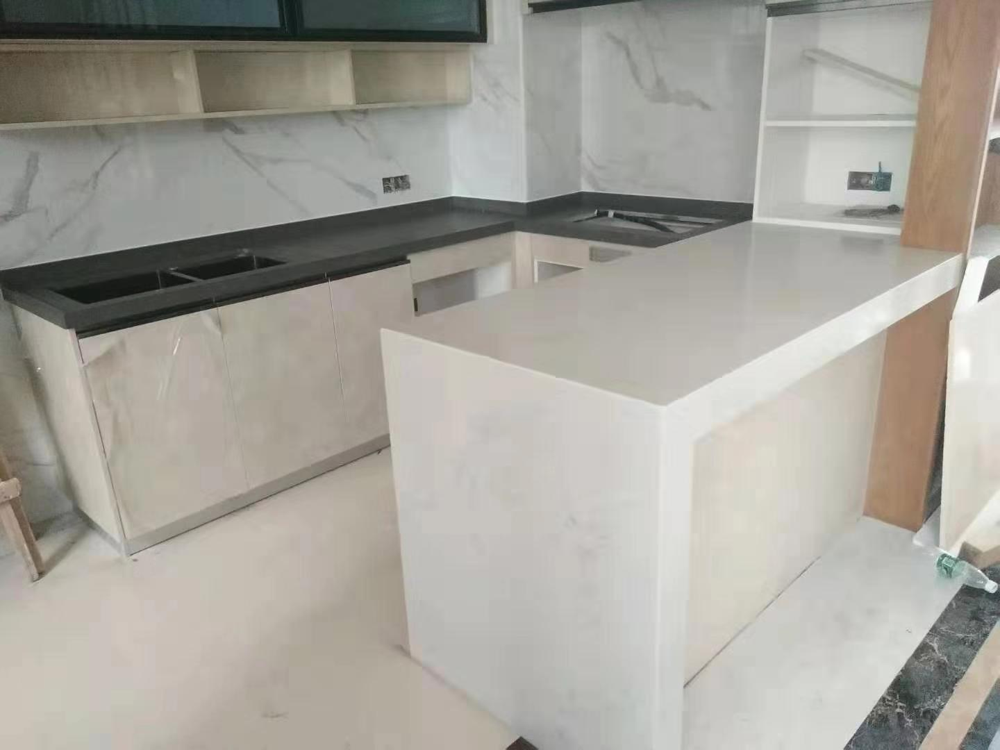 White Granite Quartz Kitchen Countertop Whole Sale Price on Sale Stone
