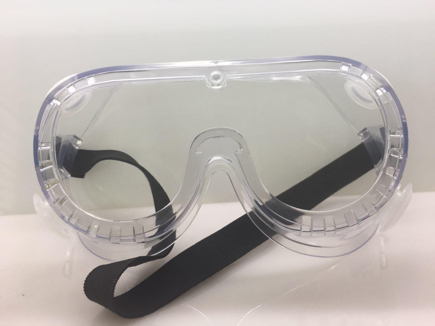 AJA102 safety goggle PVC FrameComprehensive protection suitable for various environments soft frame design